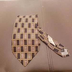 Valentino 100% silk printed mens neck tie